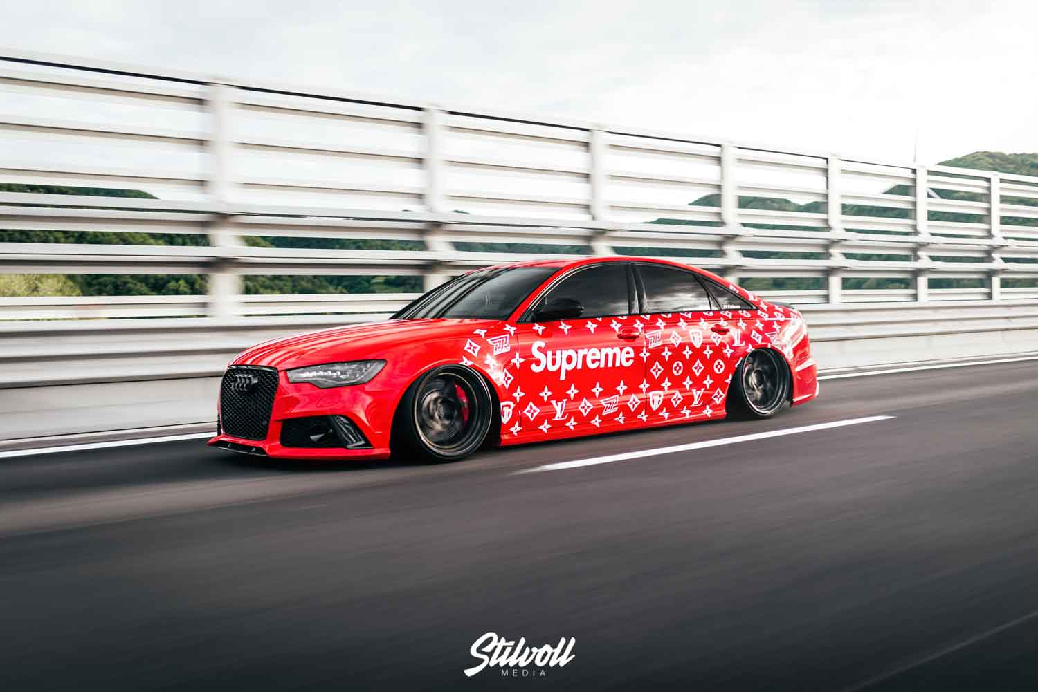 Audi RS6 Sedan / Limo GBwrapping pp-parts supreme louis Vuitton